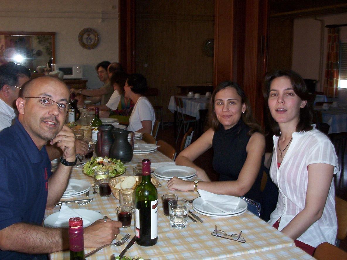Alfonso, Sonia y Olga durante la comida fraternal