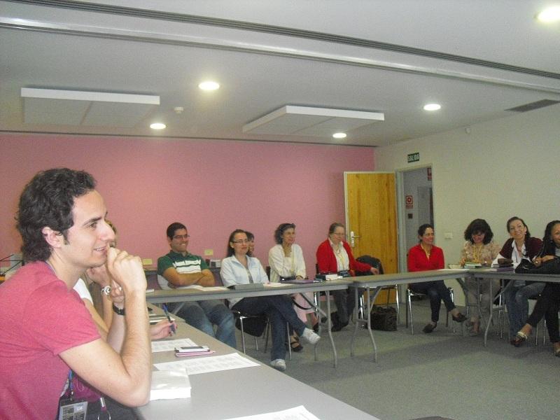 Todos atentos al seminario