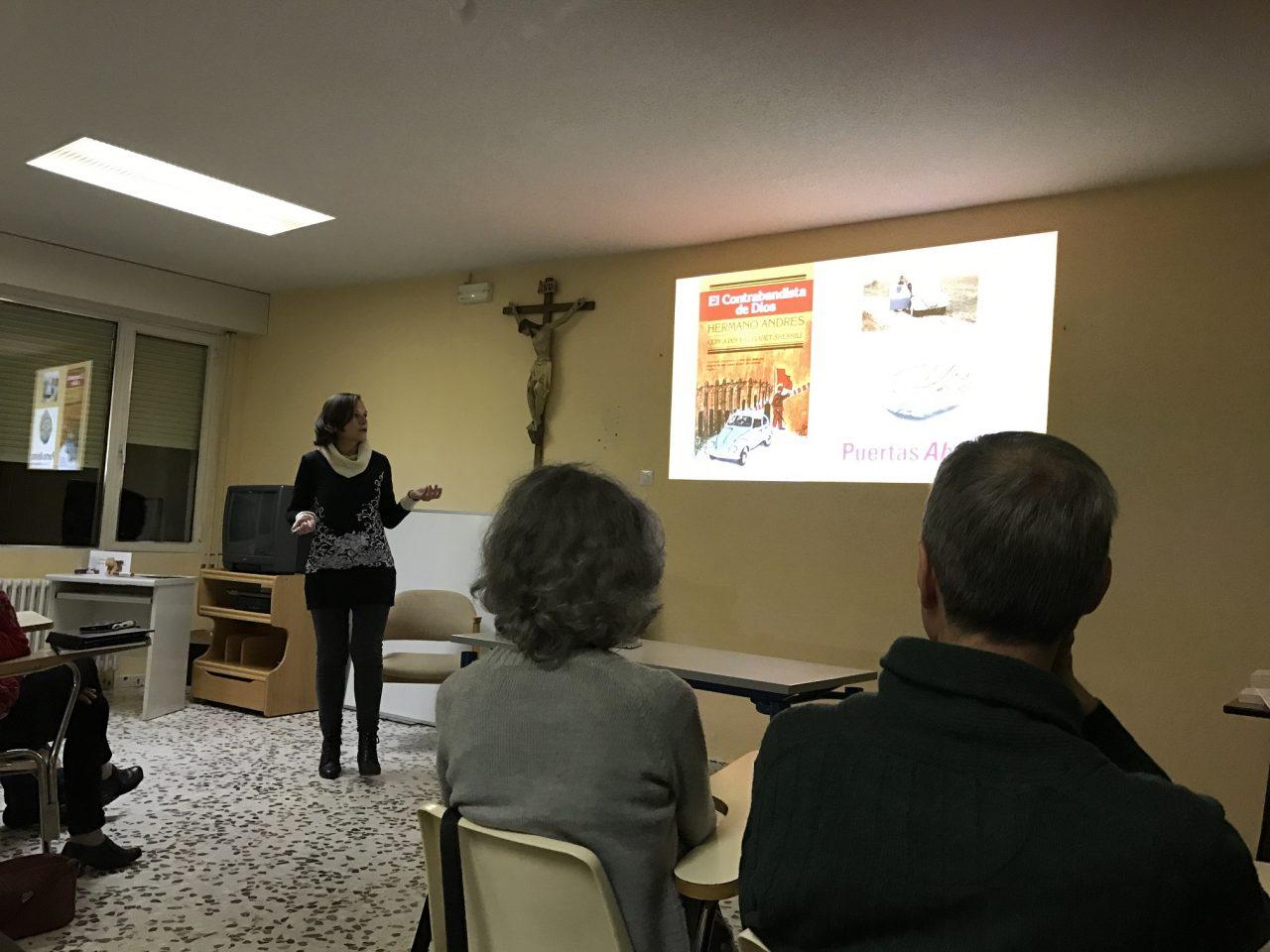 Velada misionera por Raquel Barrantes